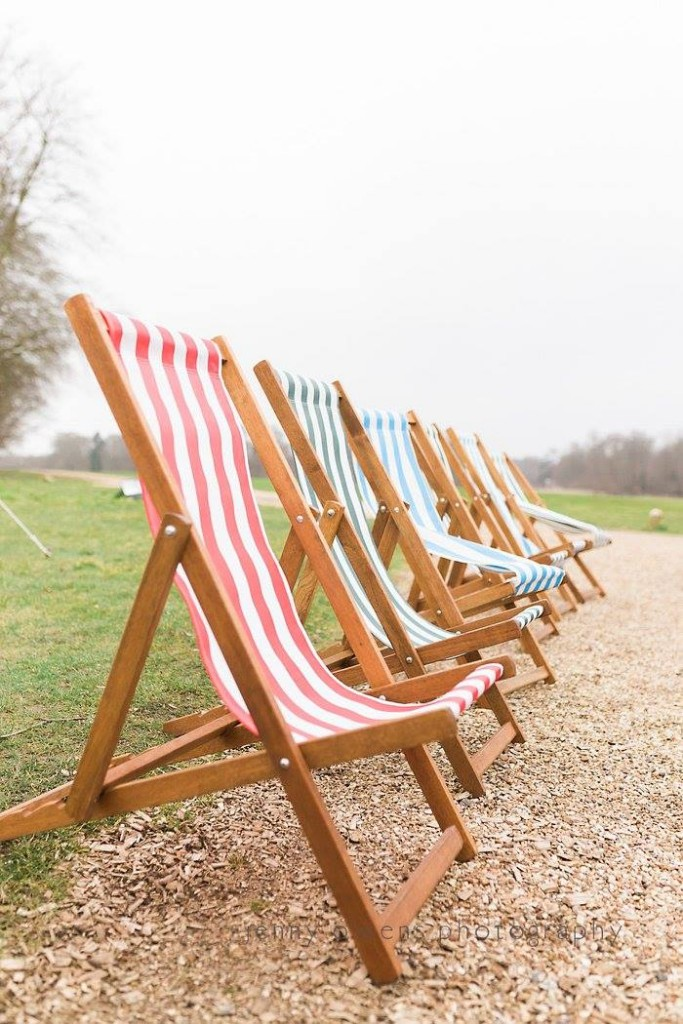 What can deckchairs be used for?